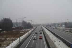 Kelininkai: eismo sąlygas sunkina plikledis