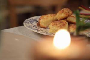 Išbandykite: purių varškėčių receptas iš smetoninės knygos