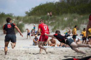 Jūros šventės metu – jubiliejinis Lietuvos paplūdimio regbio čempionatas