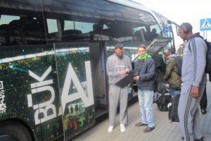 """""""Panathinaikos"""" krepšininkus Kauno oro uoste pasitiko vos keli autografų medžiotojai"""