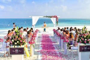 Vestuvių planuotojai pastebi besikeičiančius jaunavedžių įpročius