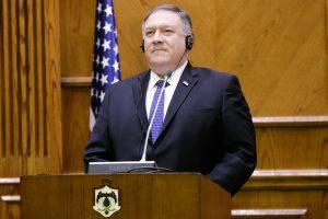 M. Pompeo: JAV tęs kovą su IS, nepaisant pasitraukimo iš Sirijos
