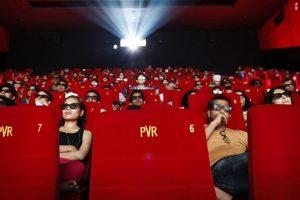 Kino bilietų pardavimai pasaulyje gerina rekordus