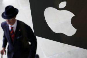 """""""Apple"""" sutiko sumokėti 318 mln. eurų uždelstų mokesčių Italijai"""