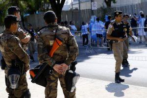 Brazilijoje per riaušes kalėjime žuvo 10 kalinių