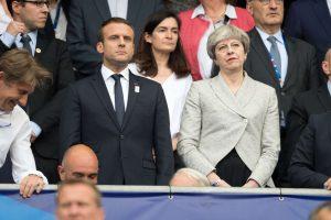 Britanija ir Prancūzija sieks pažaboti radikalizavimą per socialinius tinklus