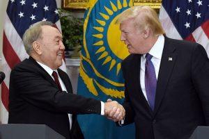 Ukrainos taikos derybos persikels į Kazachstaną?