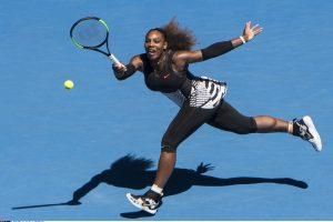 """Dar vieną varžovę sutriuškinusi S. Williams – """"Australian Open"""" pusfinalyje"""