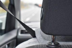 Kaip veikdavo automatiniai saugos diržai automobiliuose, pagamintuose prieš 30 metų?
