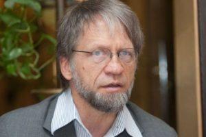 Savižudybes didžiausia Lietuvos bėda įvardijantis A.Mockus: prisiminkite himno eilutę