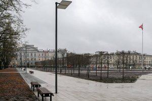 Vilniuje po rekonstrukcijos atidaryta Lukiškių aikštė