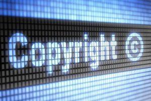 """""""WikiLeaks"""" perspėja: vėl bandoma įteisinti griežtesnius autorinių teisių įstatymus"""