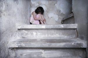 Prieš teismą stos įtariamas dukrų tvirkintojas