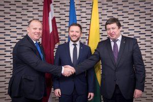 Gynybos ministrai abejoja, ar NATO ir Rusijos santykiai pagerės