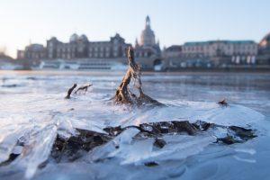 Iš Sibiro atslinkęs šaltis Europoje jau pareikalavo keturių gyvybių