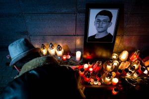 Slovakijos policija pradėjo tyrimą dėl žurnalisto ir jo sužadėtinės nužudymo