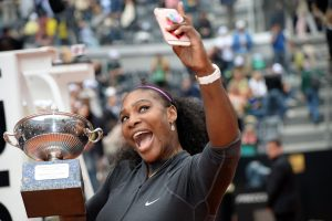 S. Williams ketvirtą kartą laimėjo WTA serijos moterų teniso turnyrą