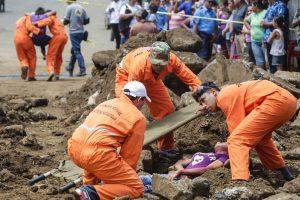 Nikaragvą supurtė žemės drebėjimas, žuvo moteris