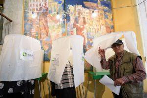 Gruzijos piliečiai renka naują parlamentą