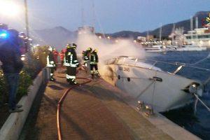 Italijoje trys vokiečiai sudegė jachtoje