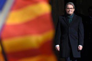 Buvęs Katalonijos lyderis teisiamas už referendumą dėl nepriklausomybės