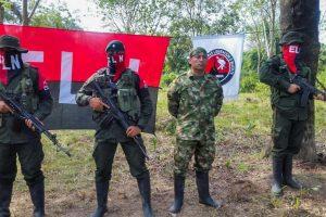 Kolumbija per derybas su ELN sukilėliais sieks įtvirtinti taiką