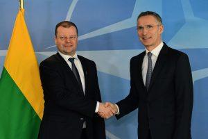NATO vadovas: Lietuva rodo pavyzdį dėl išlaidų gynybai