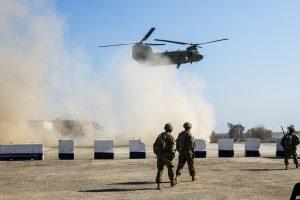 Irako pajėgos atakuoja džihadistų užimtą Mosulo oro uostą