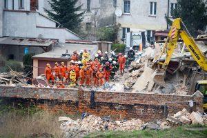 Lenkijoje sugriuvo daugiabutis, yra žuvusių