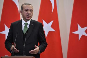 Turkijos prezidentas: nekam nenaudinga tęsti Persijos įlankos krizę