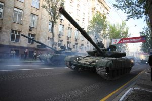 Ukrainos separatistai pademonstravo uždraustus tankus