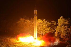 Rusijos URM: Šiaurės Korėja toli iki tos dienos, kai ji bus pajėgi smogti JAV