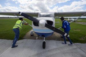 Prancūzijos startuoliai pilotus skatina naudotis skrydžių programėle