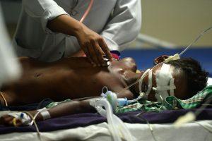 Tragedija Indijos ligoninėje: pristigus deguonies mirė dešimtys kūdikių