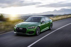 """Niujorko automobilių parodoje debiutuoja """"Audi RS 5 Sportback"""""""