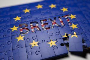 Pirmalaikiai rinkimai Britanijoje: pagrindiniai faktai
