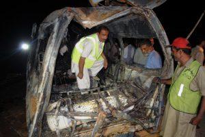 Pakistane per mikroautobuso avariją gyvi sudegė 10 žmonių