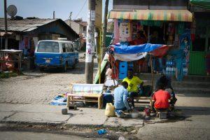 Etiopijos kontrastai: skurdas, gyvenimo džiaugsmas ir afrikietiškas espresas