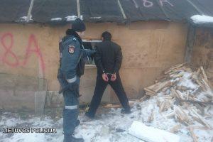 Policija krėtė taborą: įkliuvo ir pardavėjai, ir pirkėjai