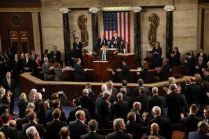 E. Macronas kalboje JAV Kongrese pasmerkė nacionalizmą ir izoliacionizmą