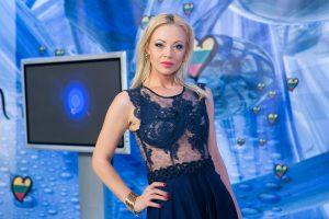 """Mia ir vėl dalyvaus """"Eurovizijos"""" atrankoje"""