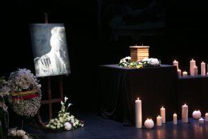 Lietuva atsisveikina su režisiere G. Dauguvietyte