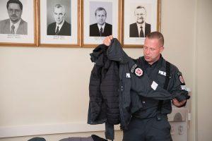 Policijos pareigūnams – naujos uniformos