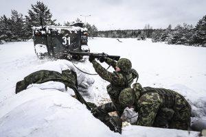 Pabradėje Lietuvos šauktiniai treniravosi su Lenkijos kariais