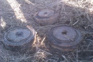 Skuodo rajono gyventojas po laiptais rado keturias minas