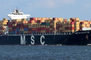 Į Klaipėdą atplauks milžiniškas konteinervežis