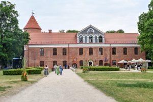 Raudondvaris skelbiamas mažąja Lietuvos kultūros sostine (renginių sąrašas)