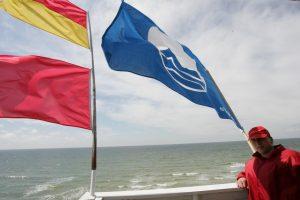 Paplūdimiuose – Mėlynosios vėliavos akcija