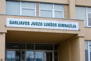 Pažeidimais Garliavos gimnazijoje susidomėjo ministerija