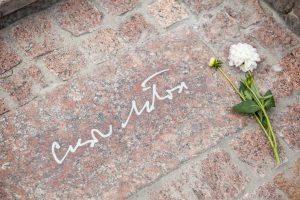 Atidengti Nobelio premijos laureato Č. Milošo laiptai